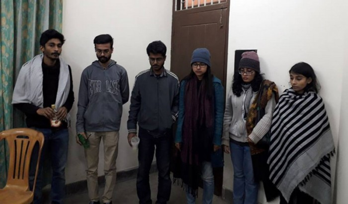 'মদ্যপ' অবস্থায় জাহাঙ্গীরনগর বিশ্ববিদ্যালয়ে ৬ শিক্ষার্থী 'আটক'