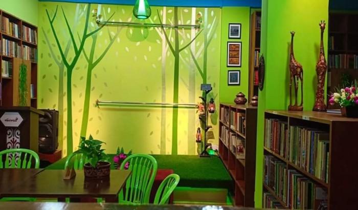এবার বন্ধ হচ্ছে কাঁটাবনের 'কবিতা ক্যাফে'