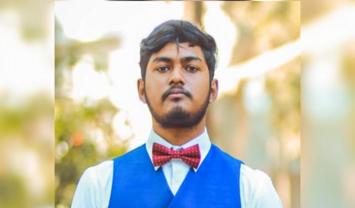 অনলাইন ক্লাস: হিমশিম অবস্থা শিক্ষার্থীদের