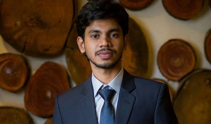 ঢাকা বিশ্ববিদ্যালয়ের অর্থনীতিতে সাইফুলের তাক লাগানো ফলাফল