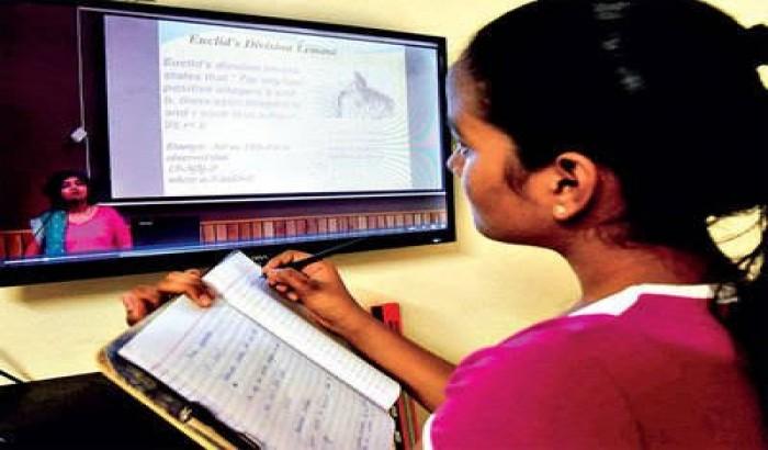 ঢাবির ৪৫ ভাগ শিক্ষার্থী অনলাইন ক্লাসে অংশ নিতে পারছেনা: ছাত্র ইউনিয়ন