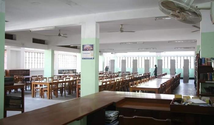 স্কুল-কলেজের 'টিউশন ফি' নিয়ে উভয়সংকট