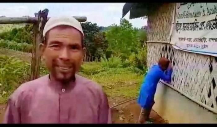 নওমুসলিম ইমামকে মসজিদের সামনে গুলি করে হত্যা
