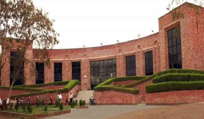জওহরলাল নেহরু বিশ্ববিদ্যালয়ে আসর বসাচ্ছে আরএসএস