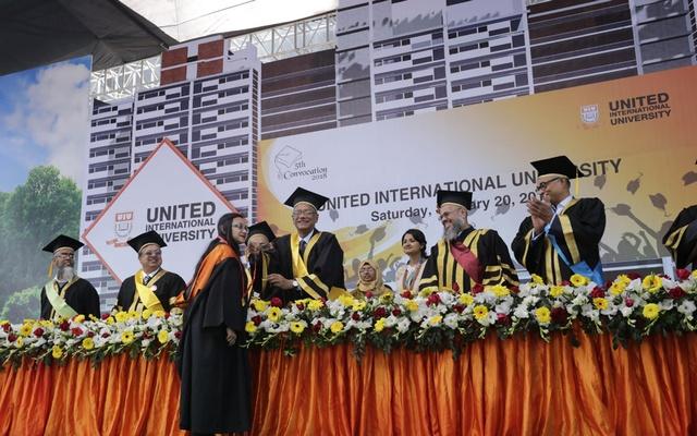 'বিশ্ববিদ্যালয়গুলোকে সঠিক ধারায় আনা কঠিন হয়ে পড়েছে'