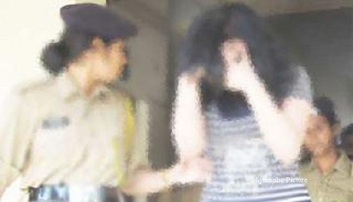পতিতাবৃত্তির অভিযোগে হোটেল থেকে ভারতীয় অভিনেত্রী গ্রেপ্তার