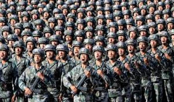 সেনাবাহিনীকে যুদ্ধের প্রস্তুতির নির্দেশ দিলেন শি জিনপিং