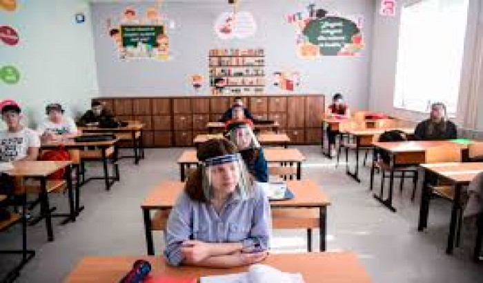 করোনা সংকট: স্কুল খুলতে কী উদ্যোগ নিচ্ছে বিশ্বের অন্যান্য দেশ