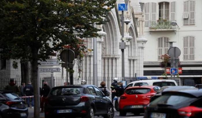 ফ্রান্সে ছুরিকাঘাতে নারীসহ ৩ জনকে হত্যা