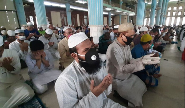 স্বাস্থ্যবিধি মেনে ঈদুল আযহার নামাজও মসজিদে