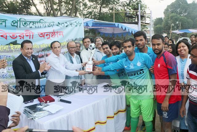 জাবি আন্ত:বিভাগ ফুটবল প্রতিযোগিতায় ইতিহাস বিভাগ চ্যাম্পিয়ন