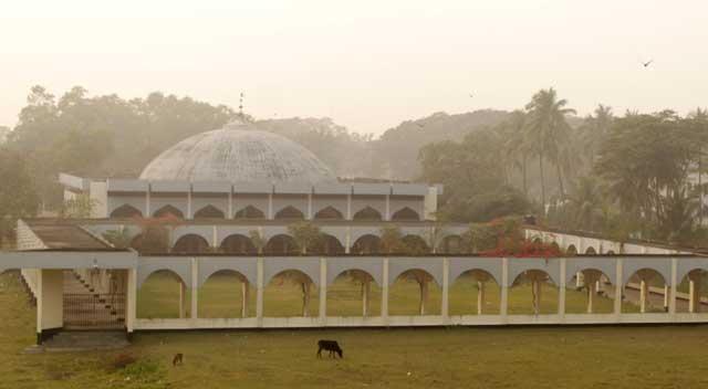 দেশের সর্ববৃহৎ একগম্বুজ বিশিষ্ট মসজিদ