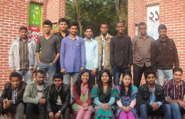 হাবিপ্রবিতে ভিসা জটিলতা ও আবাসিক সংকটে বিদেশি শিক্ষার্থীরা