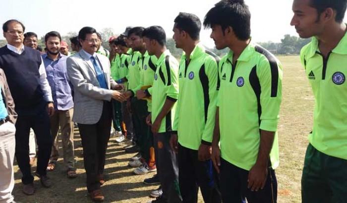 নজরুল বিশ্ববিদ্যালয়ে আন্তঃবিভাগ ক্রিকেট প্রতিযোগিতা